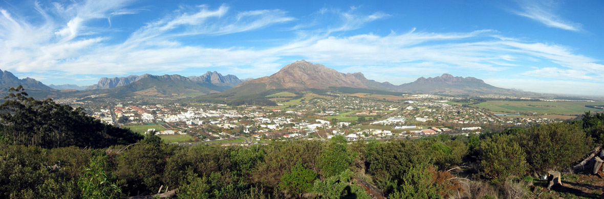 Panorama of Stellenbosch, seen from Papegaaiberg.